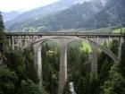 Tilts pār ieleju